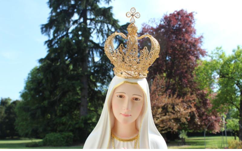 statua della Madonna di Fatima